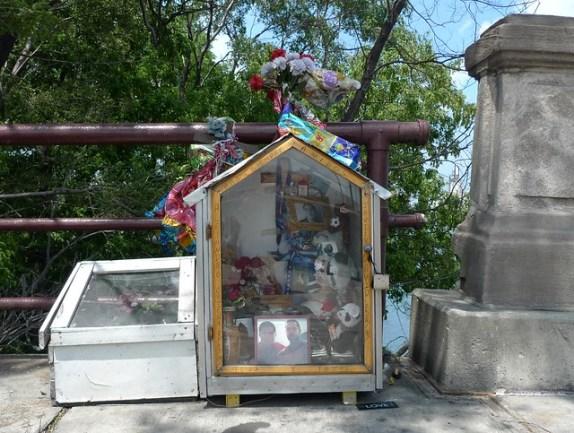 106th Street roadside memorial