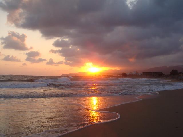 Sun and surf // Солнце и прибой