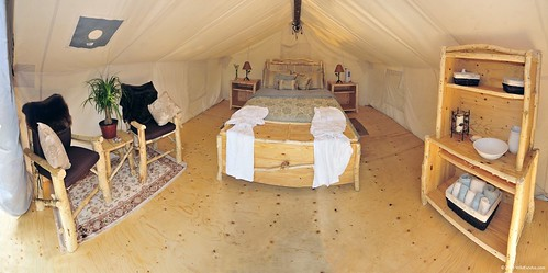 Glamping queen suite