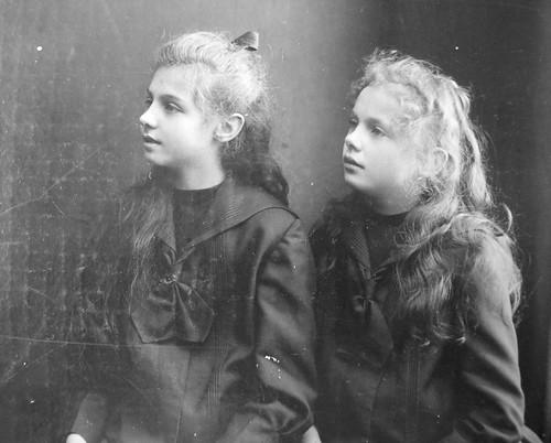 My grandmother, Helene (Mennweg) Pillet (left), Vienna Austria c.1905