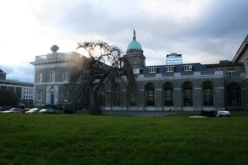 2010.02.26 Dublin 27 Memorial Rd 01 The Custom House
