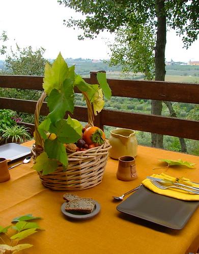 tablescape in autumn colours