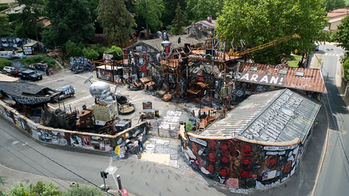 Abode of Chaos from above - La Demeure du Chaos vue du ciel  P1050021
