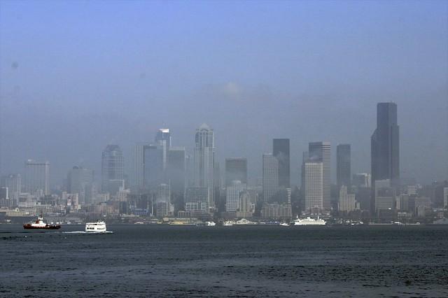 20070926 Seattle Downtown Fog 2