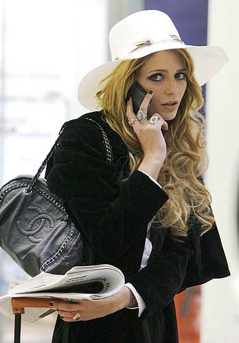 mischa-barton-chanel-tote-handbag