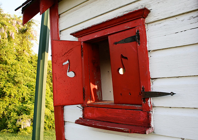 Red shutters with eighth-notes cut into them. On an outhouse. Only near 66, my friends.