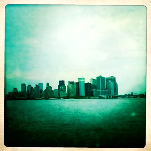 Manhattan skyline by Anna banana bomb
