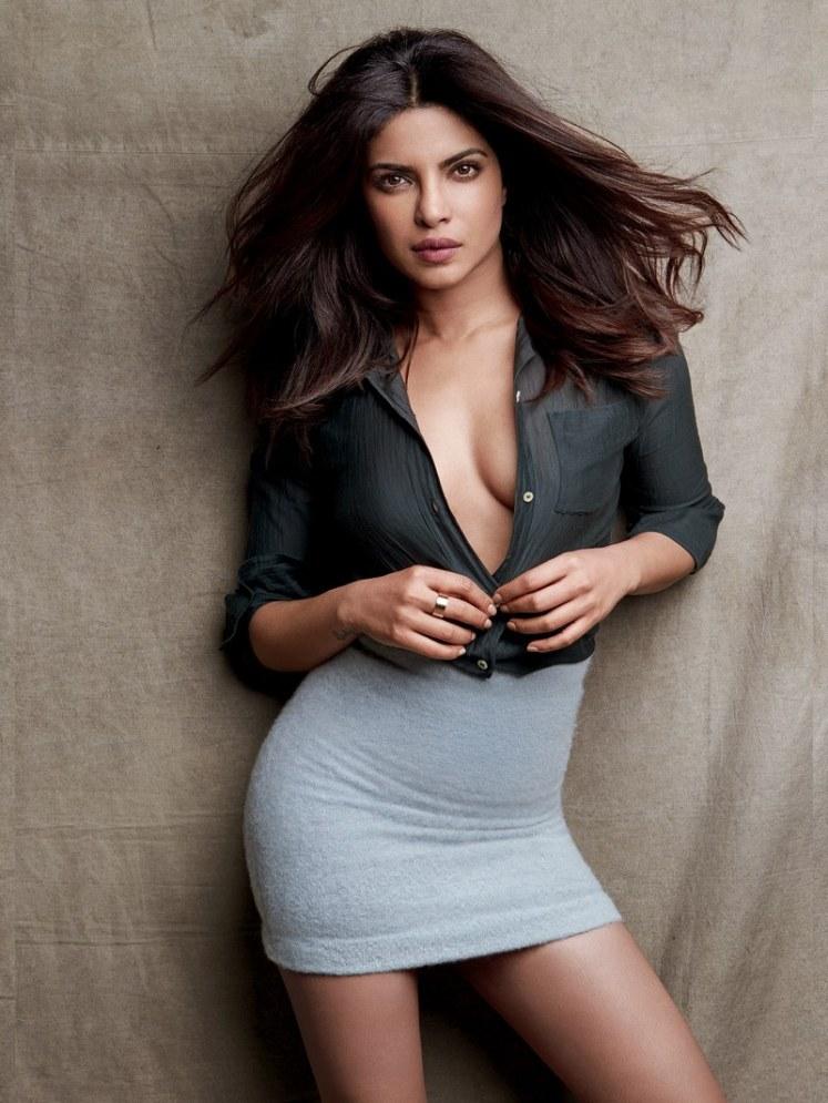 Hot and Sexy Priyanka Chopra