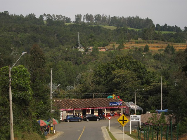 The road from the metrocable to the entrance of Piedras Blancas park.