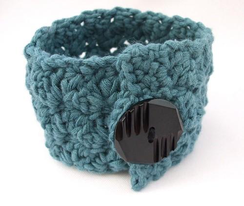 Ripple Stitch Wrist Cuff