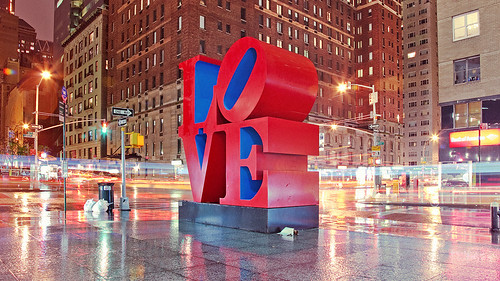 Love sculpture por Stimul