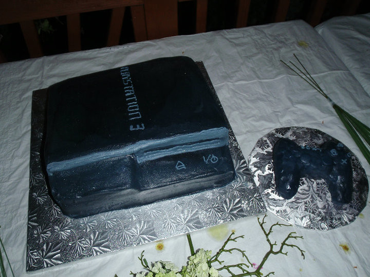 PS3 Groomscake