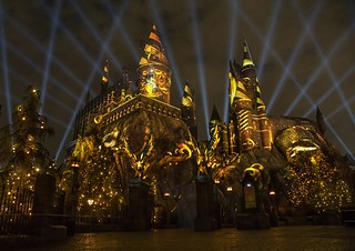 """The Nighttime Lights at Hogwarts Castle"" at ""The Wizarding World of Harry Potter"" - Universal Studios Hollywood -- Hufflepuff house featured"