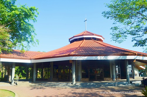 Tagaytay Wedding - Chapel on the Hill
