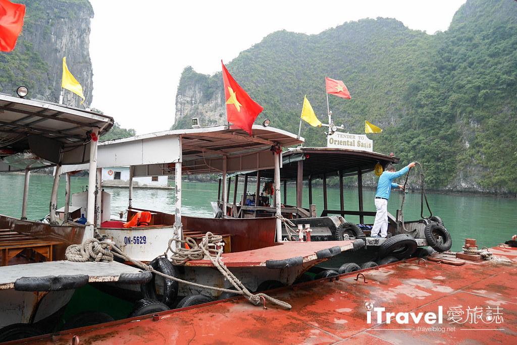《下龙湾景点推荐》穿洞 Hang Luon:广宁搭乘游船穿越洞穴,欣赏别有洞天的世外桃源