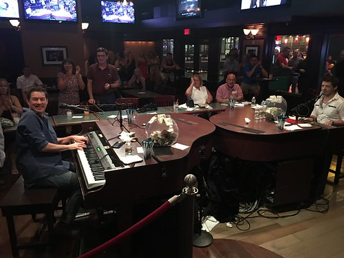 dueling pianos vegas photo