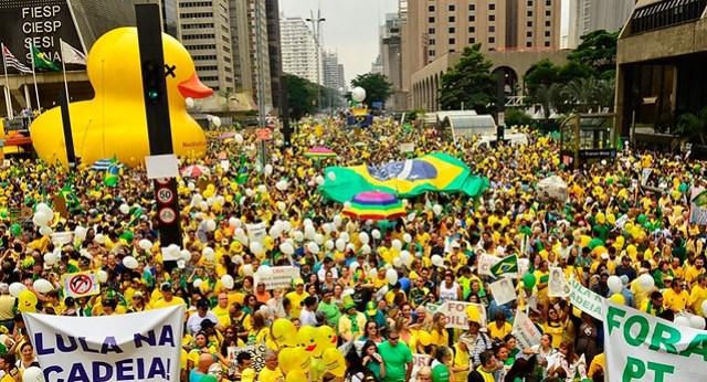 Manifestações puxadas pela ala econômica, em 2016 - Créditos: Rovena Rosa/Agência Brasil