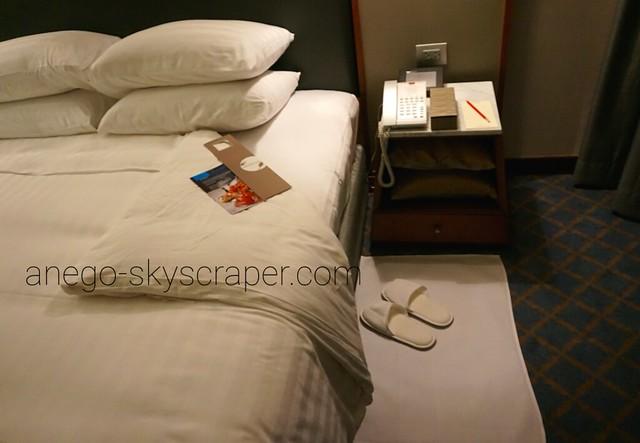 ランドマークホテル ベッド