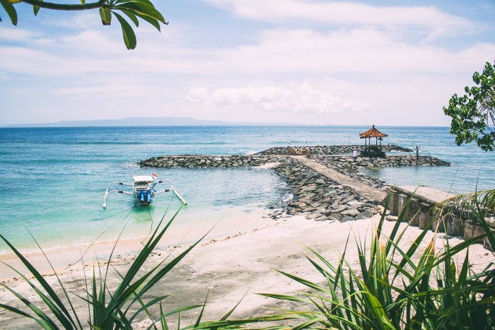 A First-Timer's Guide to Ubud, Bali - Day Trip To Candi Dasa