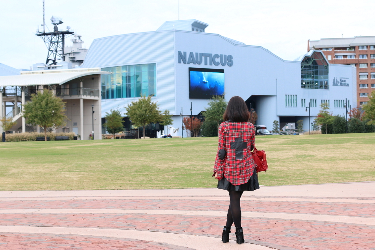 Travel-Norfolk-Virginia-Nauticus-14