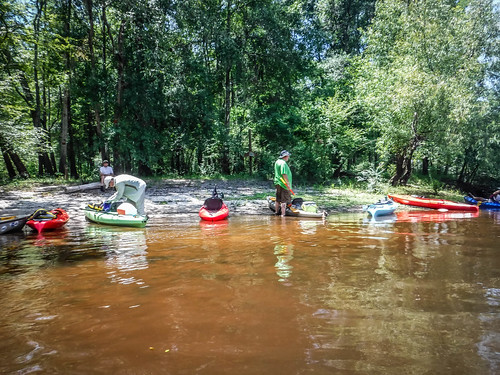 Edisto River Rope Swing and Beer Commercial Float-91
