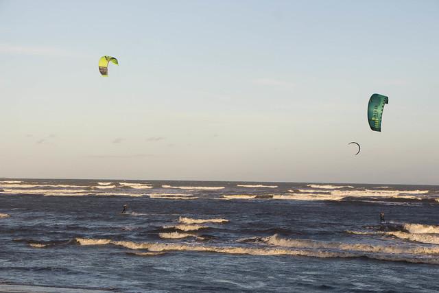 Ventos e paisagens: Itanhaém é um lugar propício para o kitesurf
