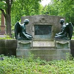 Auf dem Französischen Friedhof II (2)