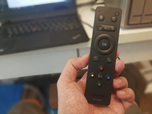 รีโมทคอนโทรลของ QNAP TVS-473