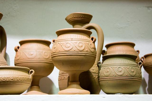 Más vasijas para servir
