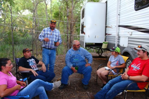 Trailerhood party! From left to right; Missy, Grant, Eric, Uncle Steve, Janessa and Brandon.