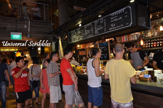 Pasar-Bella Crowd