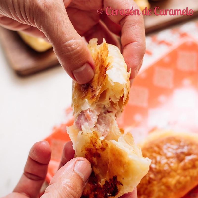 Empanadas argentinas de jamón y queso