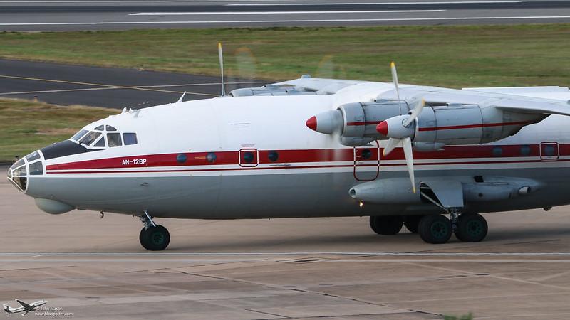 UR-CGW AN12 UKL