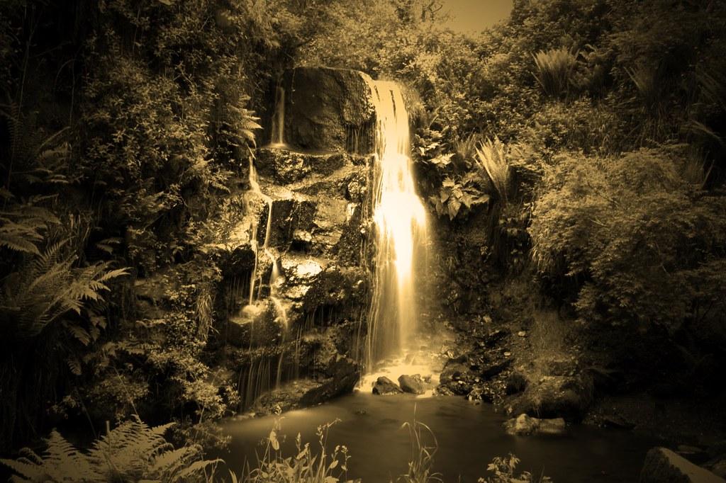 Ballard Waterfall Monochrome