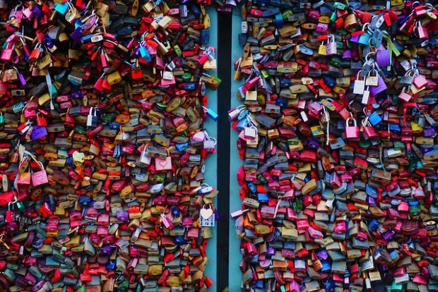Love padlocks on Hohenzollern Bridge