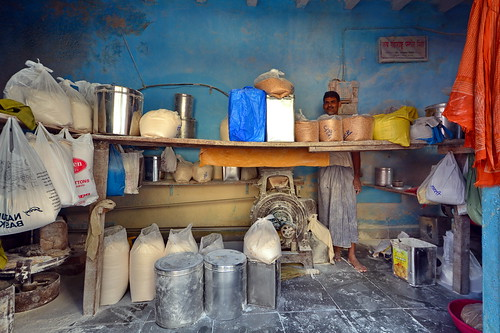 India - Maharashtra - Mumbai - Dharavi Slum - Rice Mill - 40