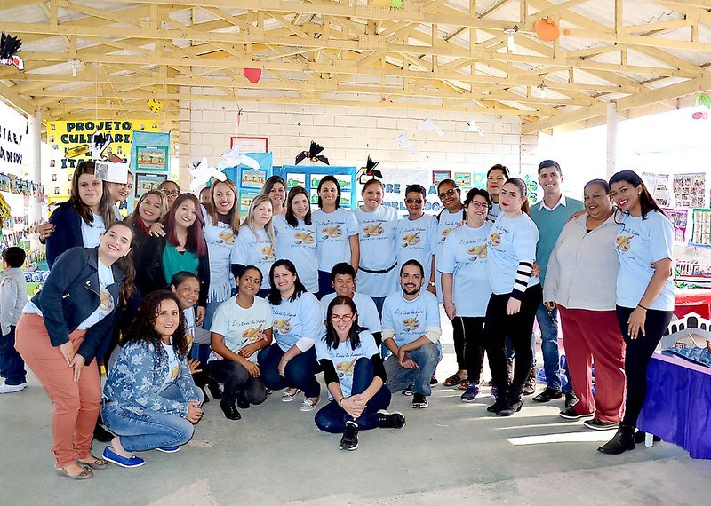 Mostra 'Pintores de Itanhaém' resgata história e cultura de alunos da Creche Tia Pombinha