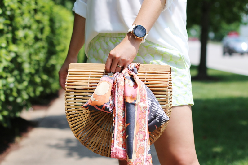 wooden-bag-scarf-shorts-6