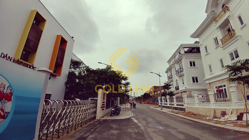 Trường Việt Úc bên trong Khu dân cư CityLand Garden Hills