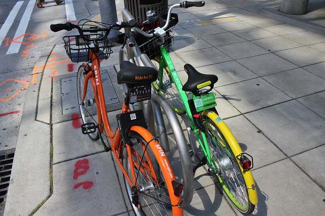 Seattle private bikeshare companies: Spin and LimeBike