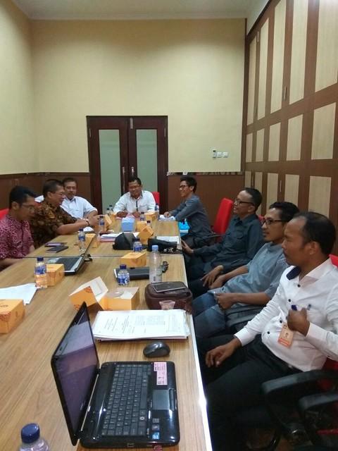 Suasana rakor rencana penandatanganan NPHD untuk Pilkada tahun 2018 (27/7)