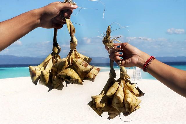 Puso (Hanging Rice)