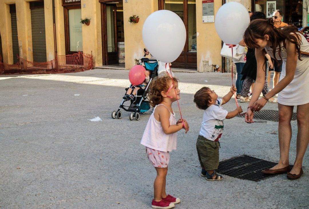 instawalk a Spoleto con Amref