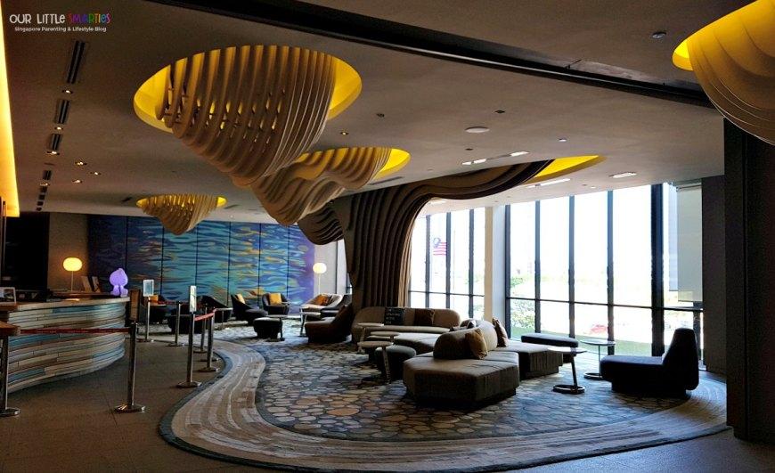 Hotel Jen Puteri Harbour Lobby