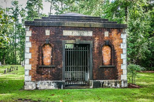 Davis Mausoleum-002