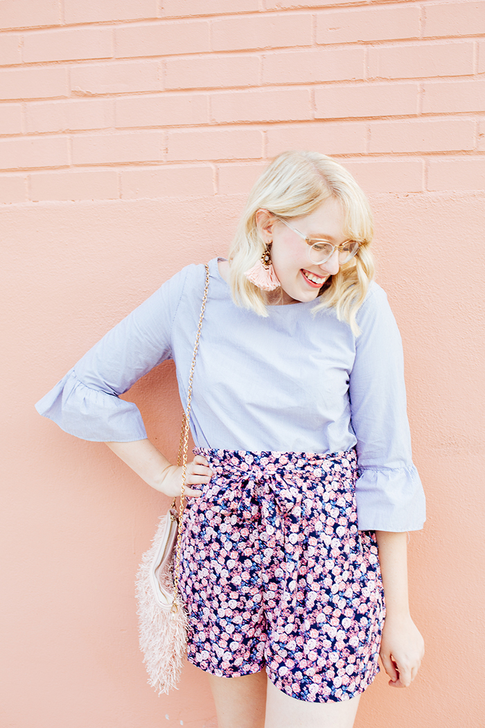 austin fashion blogger writes like a girl bell sleeves floral shorts22