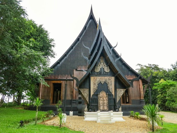Casa negra en Chiangrai