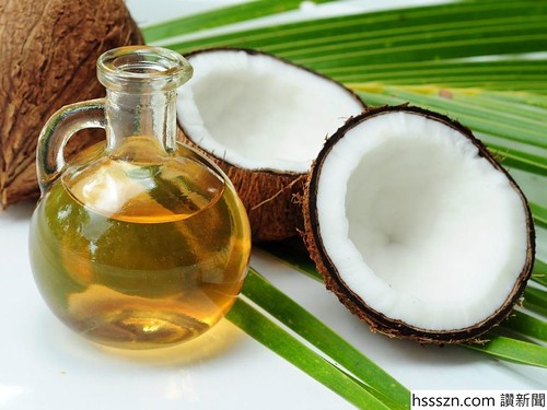 Coconut-and-Coconut-Oil-1020x765_1020_765
