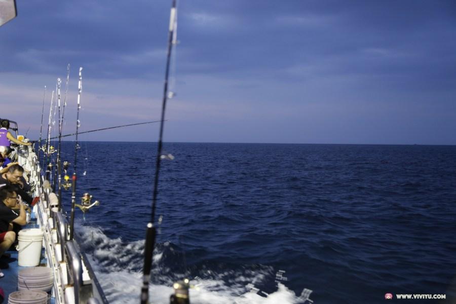 台灣旅遊,基隆旅遊,夜釣體驗,深澳漁港,漁夫料理,瑞芳景點,象鼻岩,酋長岩 @VIVIYU小世界