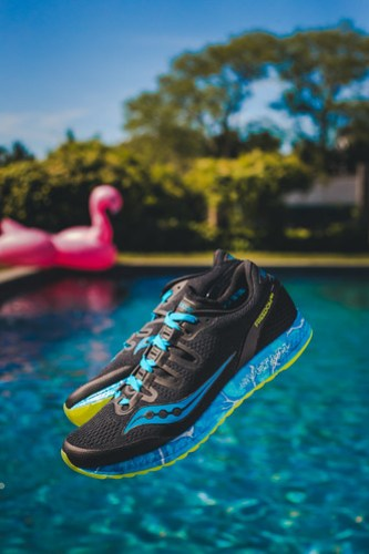 Freedom ISO - Saucony Endless Summer 2017